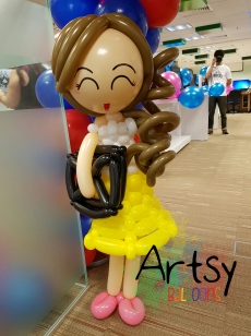 balloon girl with laptop for NTU