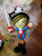Balloon Sculpting Singapore for birthday parties and events balloon pirate sculpture
