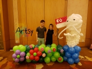 singapore themed balloon backdrop with merlion