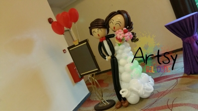 1.7m tall (170cm) wedding couple display