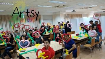 Balloon sculpting workshop 2