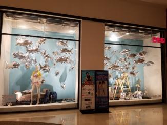 Retail shop display balloon decoration