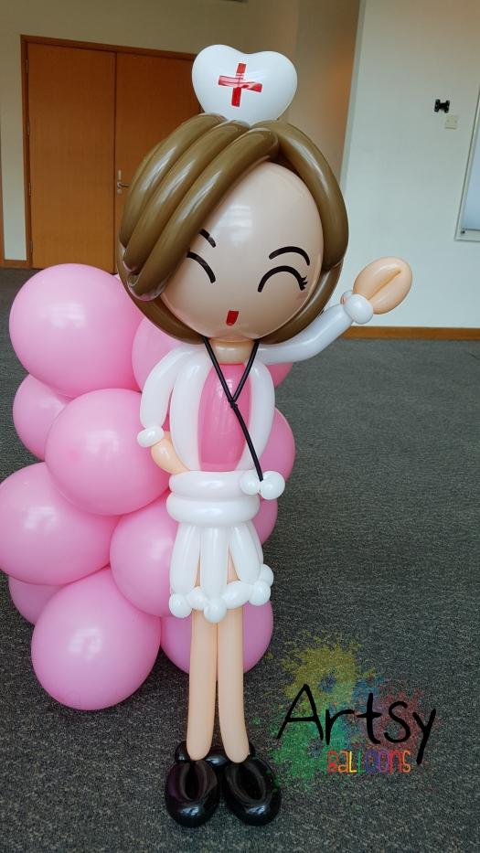 Nurse day balloon nurse sculpture (2)