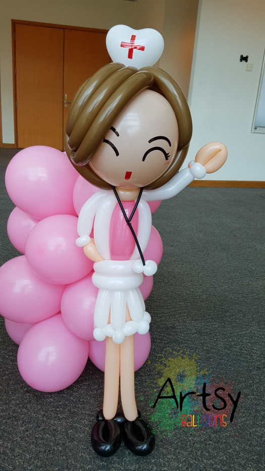 Nurse day balloon nurse sculpture (2)