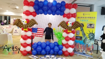 USA america themed balloon backdrop with eagles, america flag and statue of liberty1