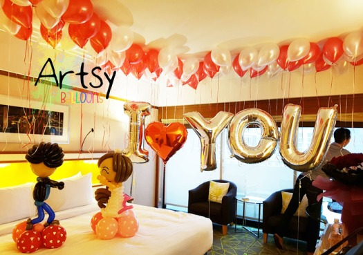 sweet-balloon-proposal-with-balloons