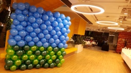 awesome-balloon-backdrop-artsyballoon-with-new-technique