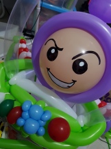 buzz-lightyear-balloon-sculpture-close-up