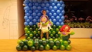 me-with-buzz-light-year-balloon-sculpture-lego-minifig