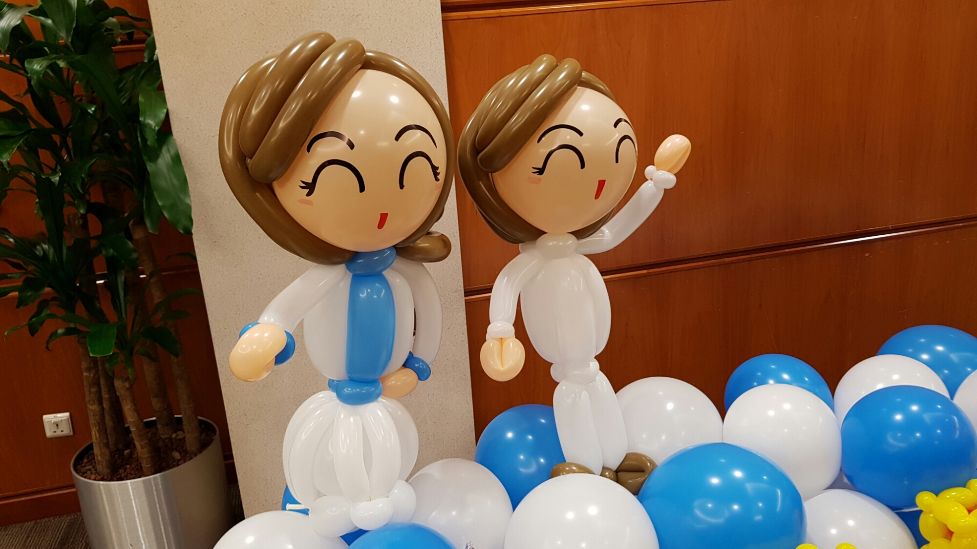 , Low balloon backdrop for a local hospital!, Singapore Balloon Decoration Services - Balloon Workshop and Balloon Sculpting