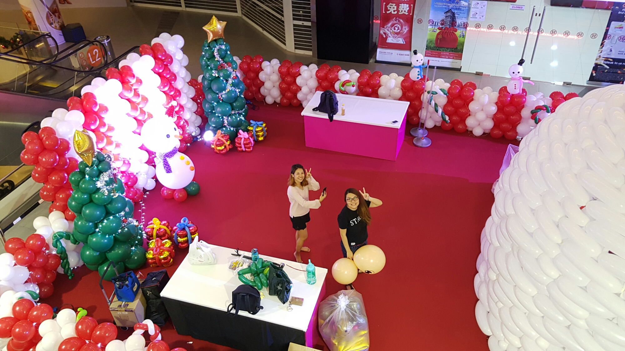 , Just finished a major shopping mall project @ Sunplaza Shopping center!, Singapore Balloon Decoration Services - Balloon Workshop and Balloon Sculpting