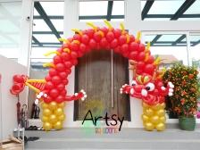 Awesome balloon entrance arch