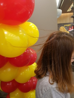 Setting up balloon decoration for Jollibee singapore (3)