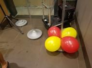 Setting up balloon decoration