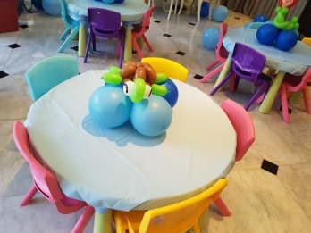 underwater theme table centerpiece balloon decorations (10)