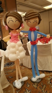 Retro balloon couple display (2)