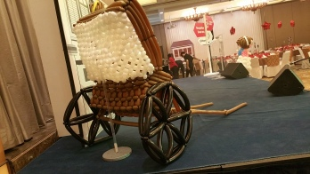 Retro balloon trishaw sculpture display (7)