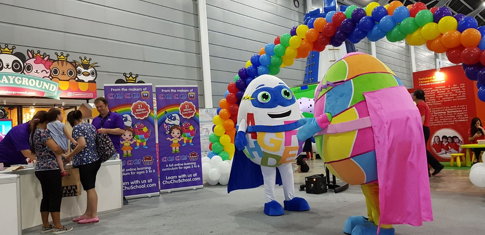, Rainbow balloon arch for Skoolbo! Creators of Chuchu TV!, Singapore Balloon Decoration Services - Balloon Workshop and Balloon Sculpting