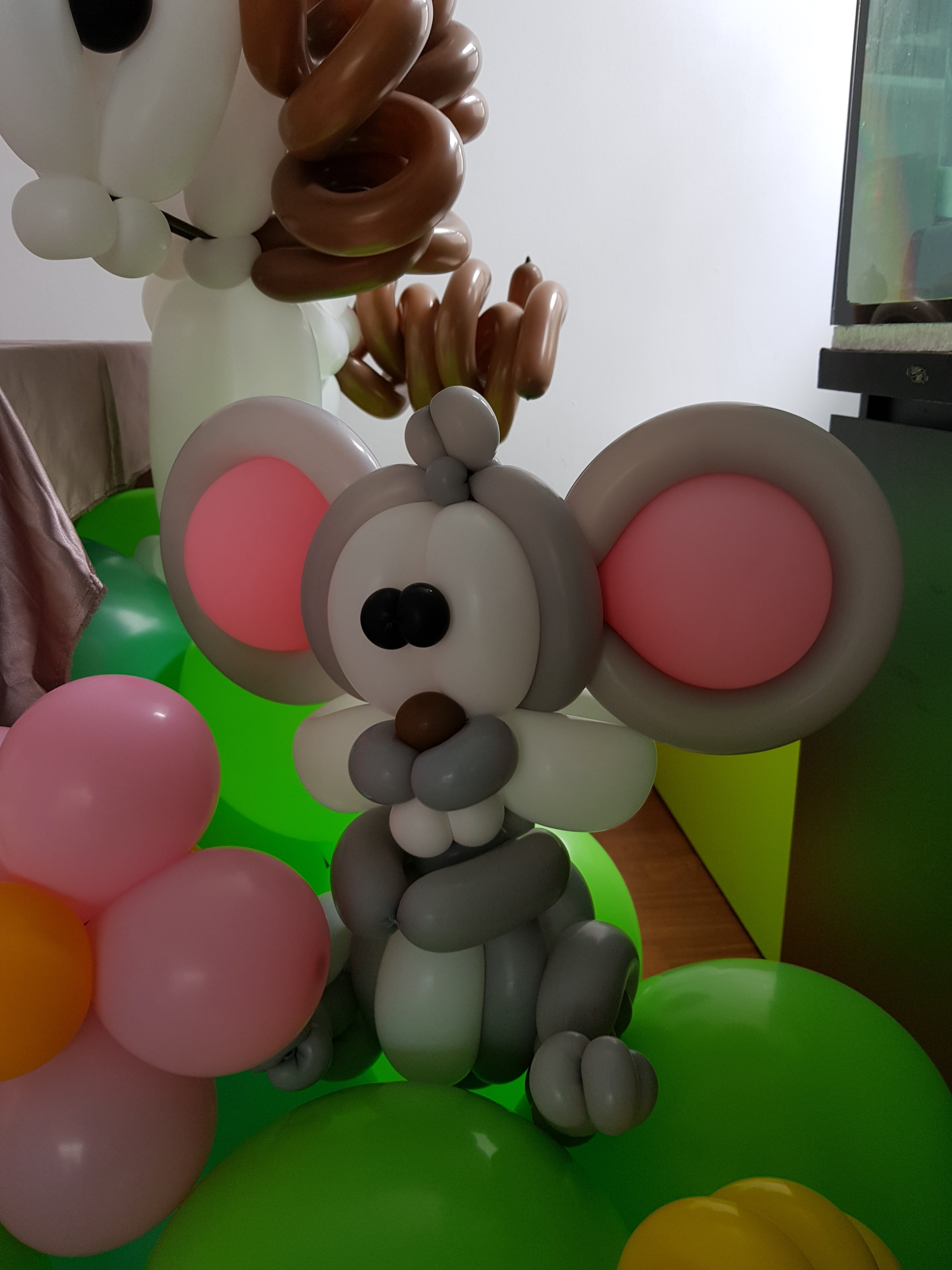 , Balloon decorations for my long term client, thanks for having me again! And its a animal theme balloon decorations., Singapore Balloon Decoration Services - Balloon Workshop and Balloon Sculpting