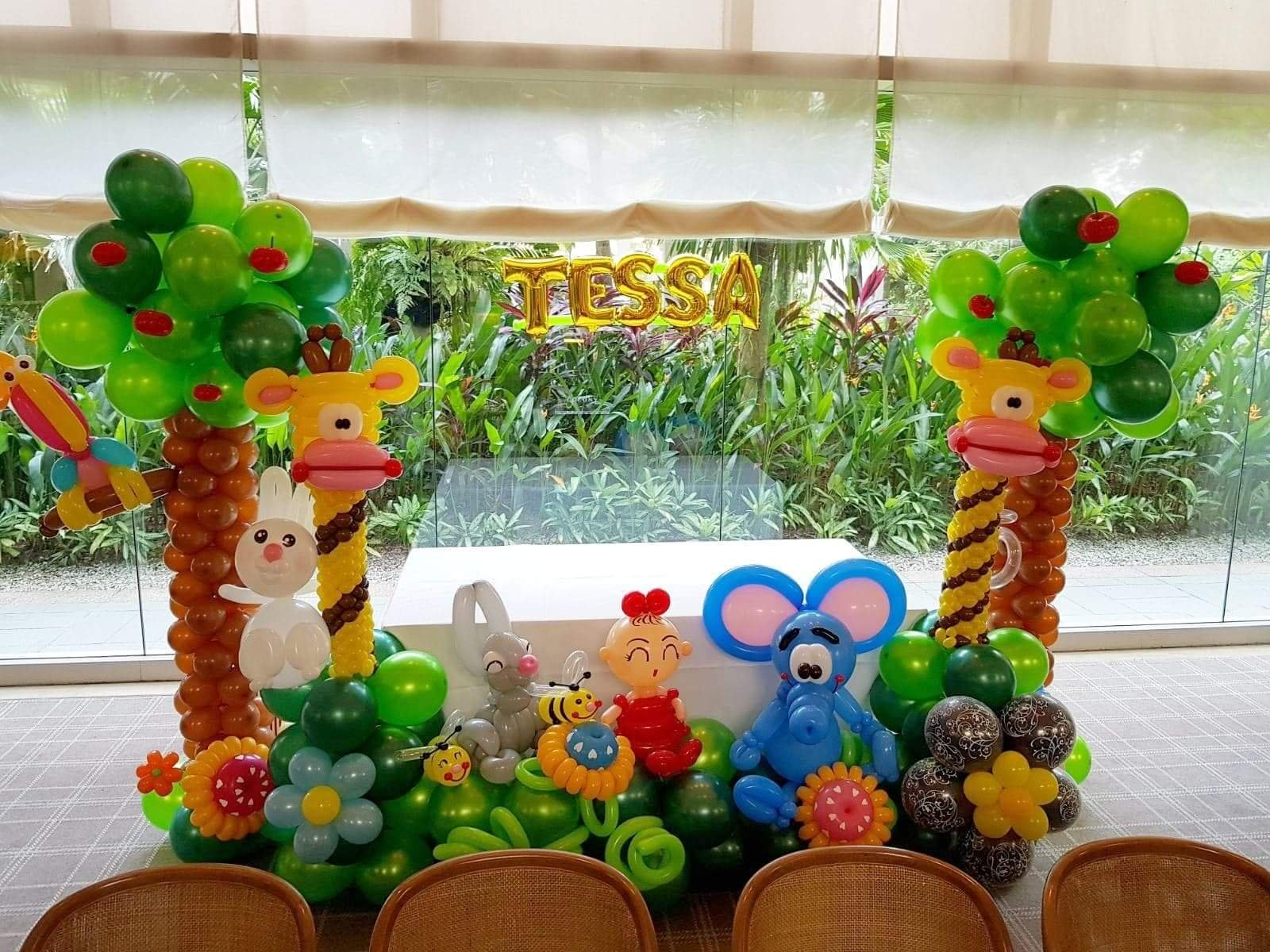 , Animal themed balloon backdrop!, Singapore Balloon Decoration Services - Balloon Workshop and Balloon Sculpting