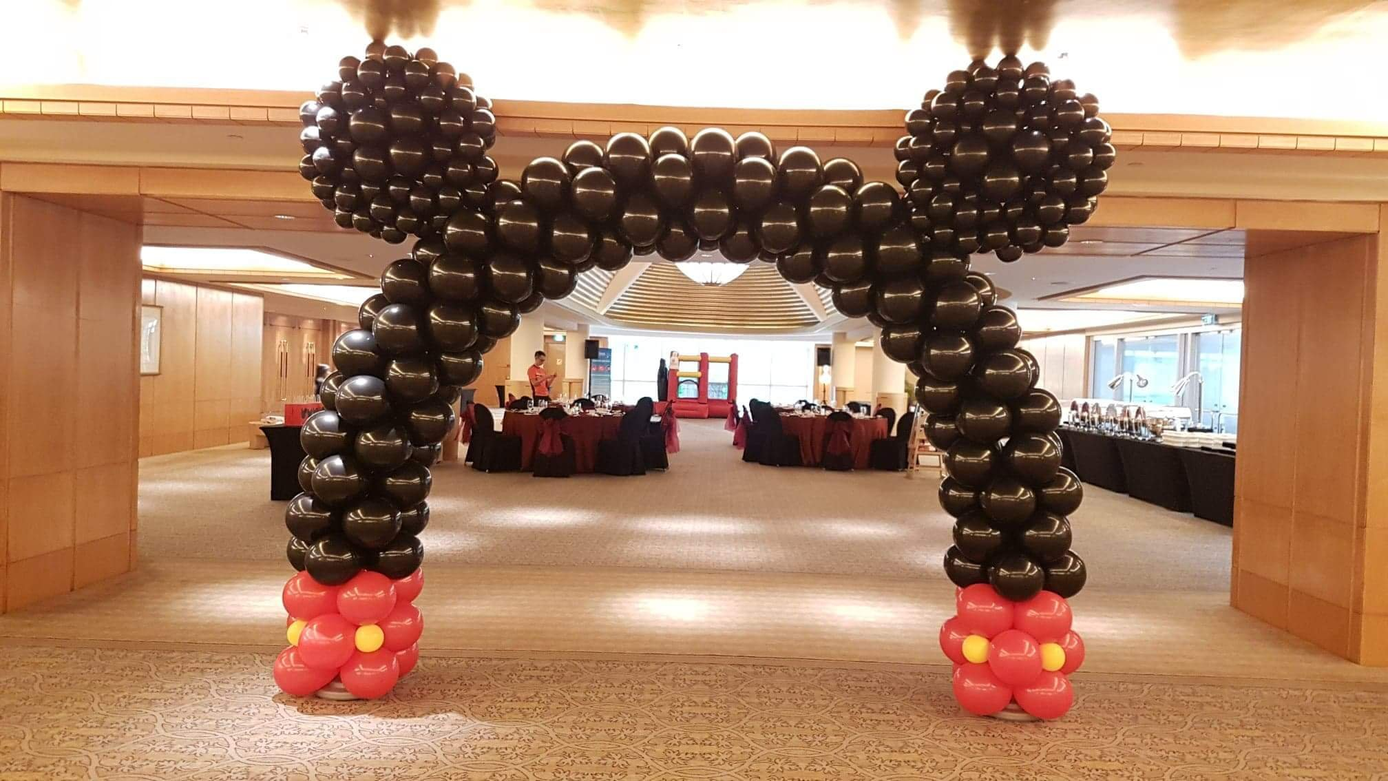 , Mickey Mouse balloon arch!, Singapore Balloon Decoration Services - Balloon Workshop and Balloon Sculpting