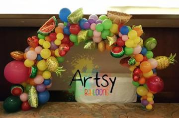 Organic balloon decorations