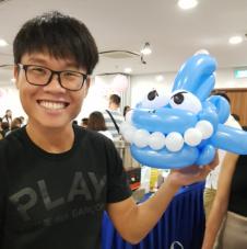 Balloon Sculpting Singapore shark sculpture
