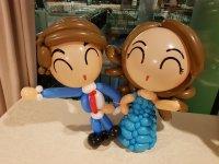 Wedding balloon decorations table display