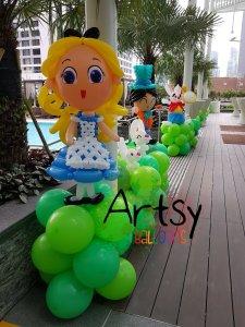 Alice in the Wonderland balloon sculpture