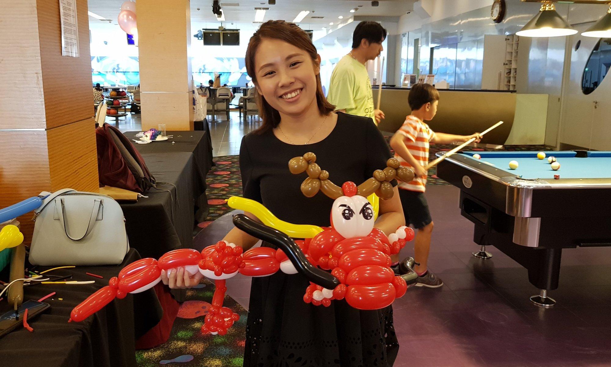 Chinese dragon balloon sculpture