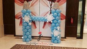 Elsa Anna frozen theme balloon decorations castle