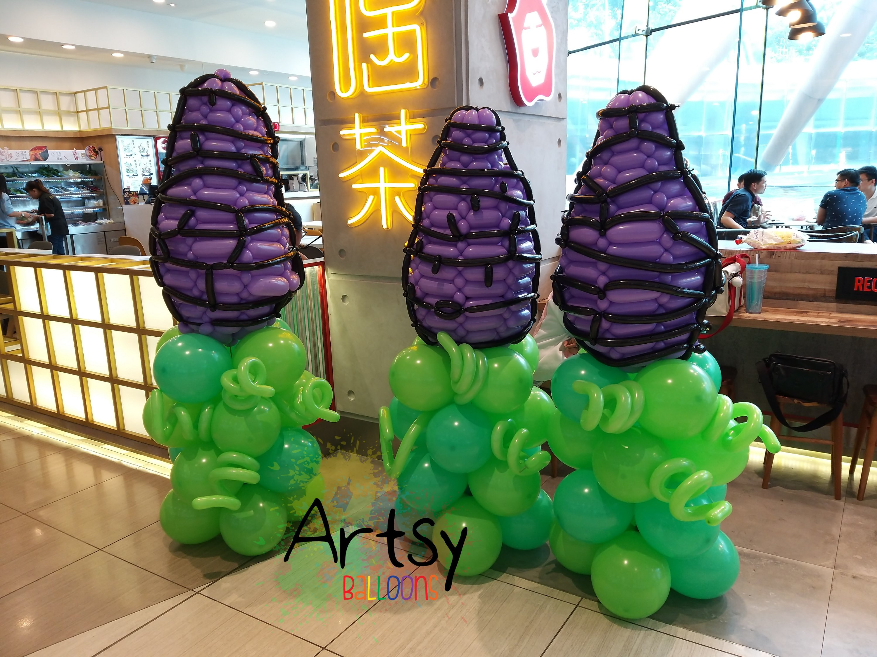 Taro balloon sculpture for LiHO