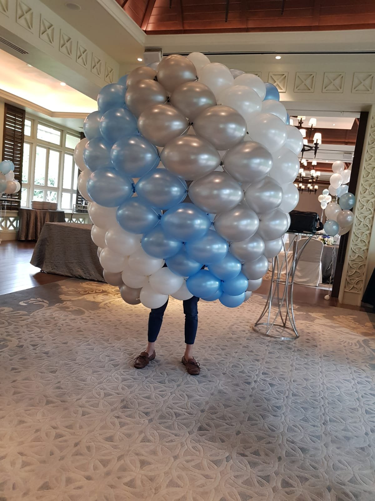 , Large Hot Air Balloon Sculpture Display For Phototaking, Singapore Balloon Decoration Services - Balloon Workshop and Balloon Sculpting