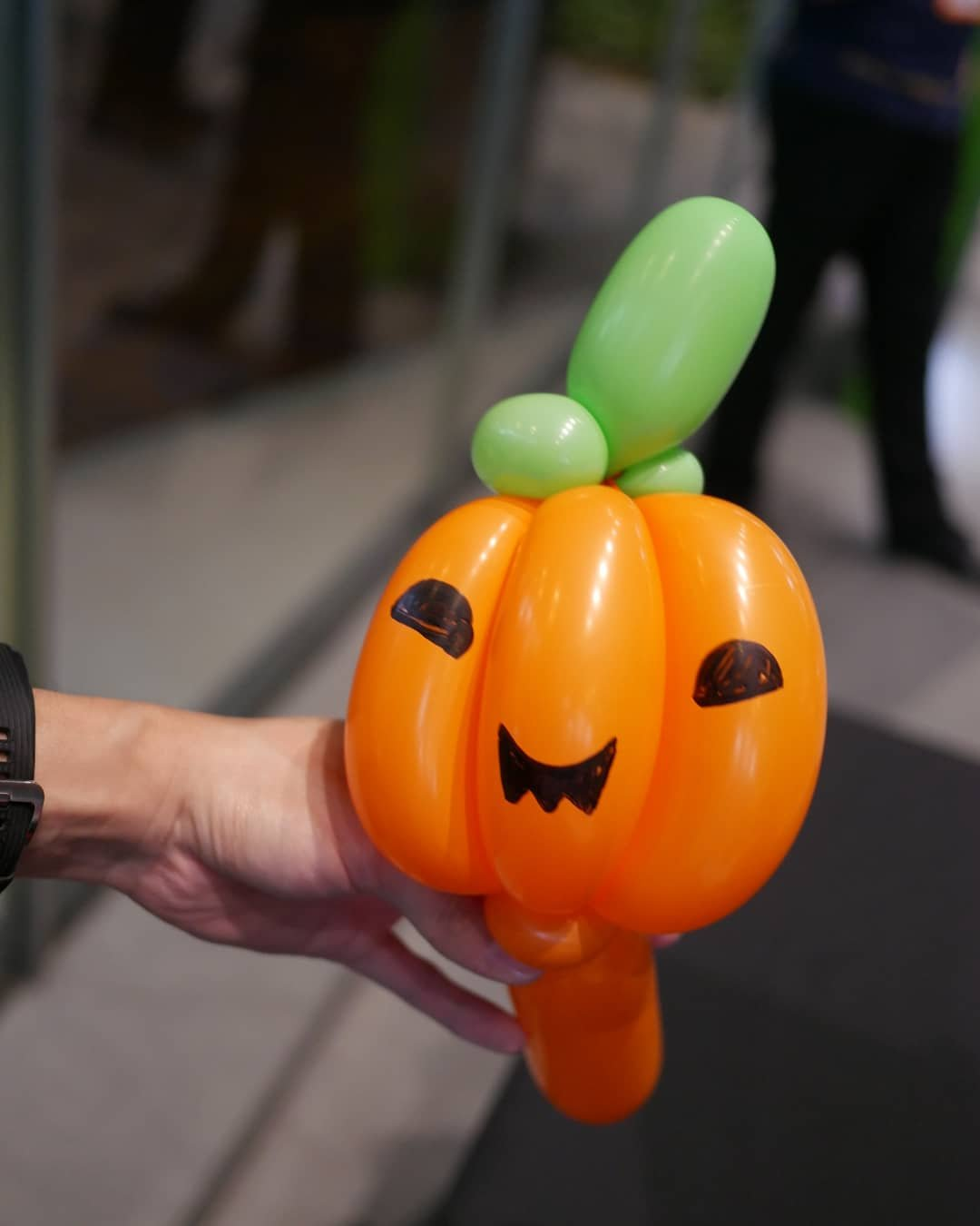 , Halloween Balloon Sculpting for Mapletree Business Park!, Singapore Balloon Decoration Services - Balloon Workshop and Balloon Sculpting